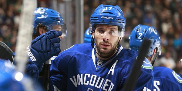 Ryan Kesler remains a Canuck as the trade deadline has come and gone. Time to accept the team we've got and move past the trade rumours.  (Photo Credit vansunsportsblogs.com)