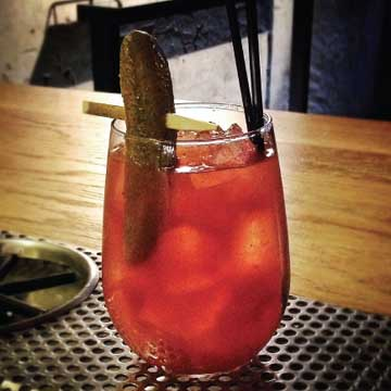 Vancouver Canucks-themed drinks: Dirty Higgins