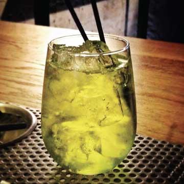 Vancouver Canucks-themed drinks: Honey Badger